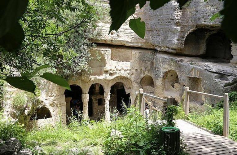Bin esirin yaptığı 'Titus Tüneli' gezginlerin yeni gözdesi